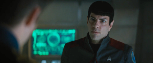 Star-Trek-Beyond-zachary-quintos-spock-40233025-500-206